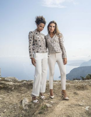 Pantalon blanc ou clair  collection printemps été 2017